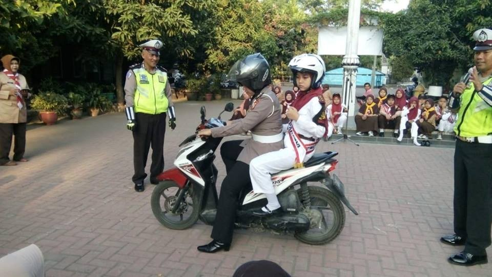 Jajaran Polres Ingatkan Larangan Siswa Bawa Sepeda Motor