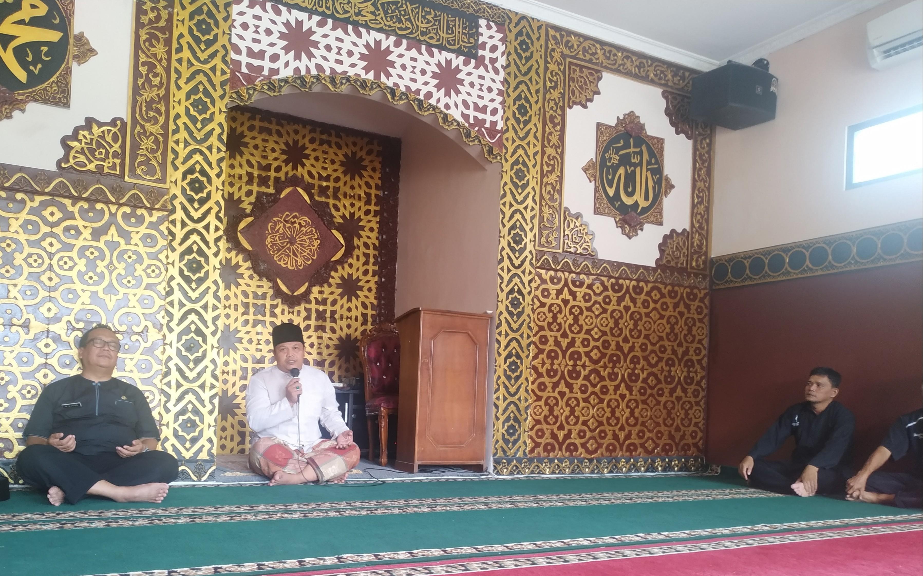 Faedah Basmallah Sebagai Muraqabbah ; Bahwa Allah SWT Selalu Mengawasi