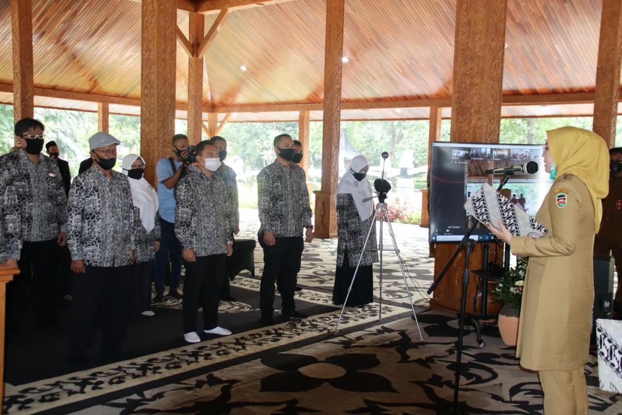 BUPATI PURWAKARTA RESMI LANTIK DEWAN PENDIDIKAN PERIODE 2019-2024
