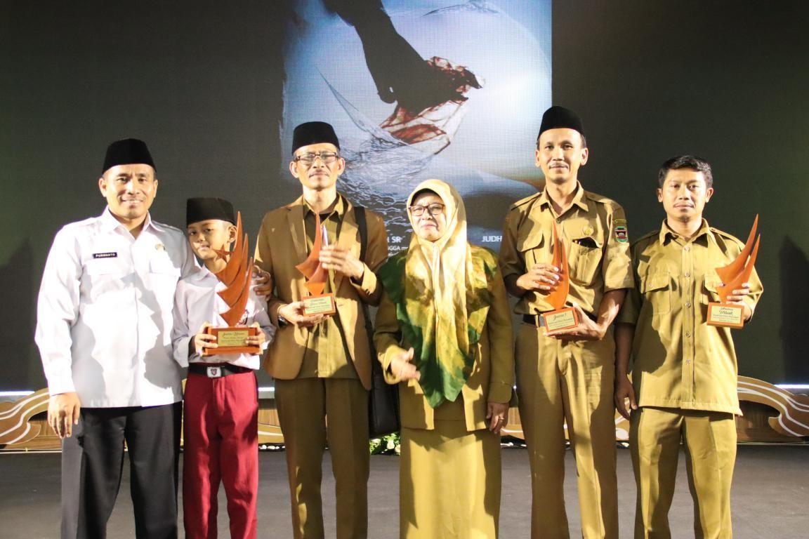 SDN II Cilingga Sabet Gelar Juara Umum Festival Film Pendek Pelajar