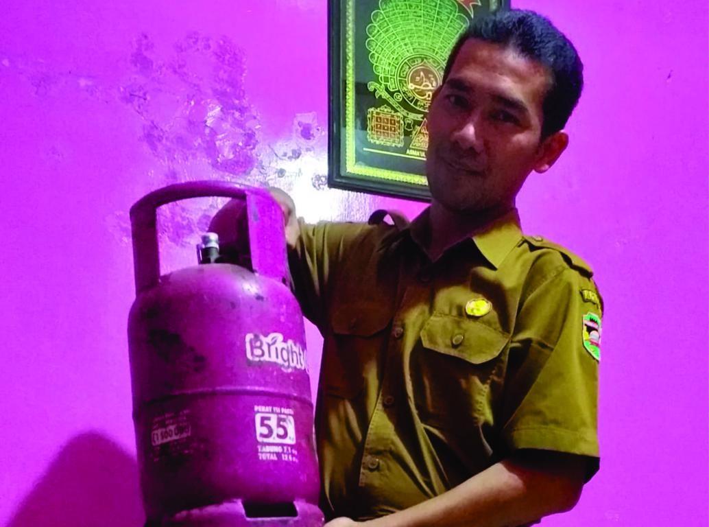 ASN  Guru Purwakarta  bisa  menjadi contoh pertama  penggunaan gas  Non- Subsidi