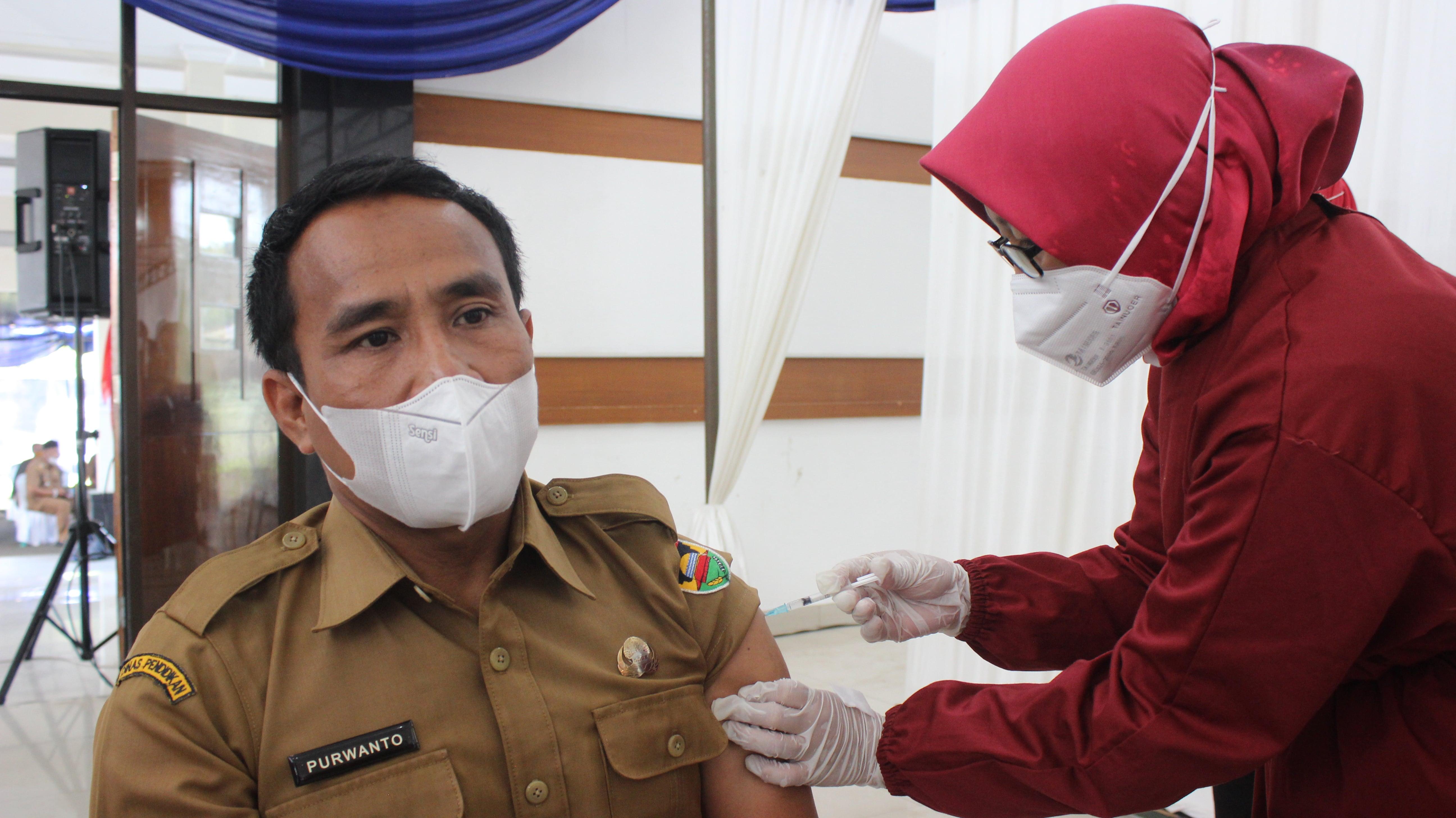 Vaksinasi Tahap 1